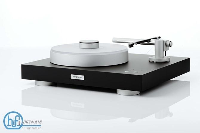 Bergmann Magne: Thiết kế hoàn hảo, đậm màu analog
