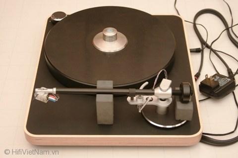 Đánh giá mâm đĩa than Concept Wood