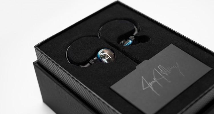 Cận cảnh siêu tai nghe In Ear giá hơn 60 triệu tại SVHouse