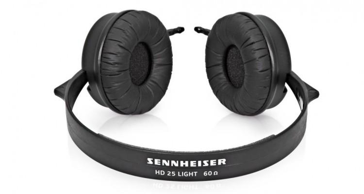 """Sennheiser giới thiệu HD25 Light, """"Hậu duệ"""" của dòng tai nghe HD25 huyền thoại"""