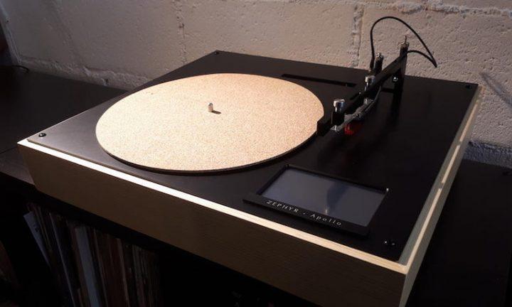 """Mâm đĩa Zephyr Apollo: Tạm biệt những buổi chọn track nhạc """"căng thẳng"""" trên đĩa Vinyl"""